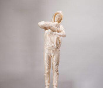 Tove Kjellmark, 1+1=3. Skulptur i PLA, 17,5x14x8 cm. Vinst i Våga Se - Konst konstlotteri 2021.